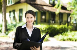 Find the Right Agent to Help You Buy a Home in Estero